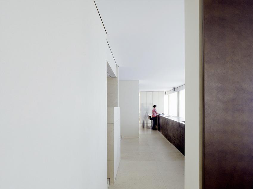 Apartment, Avenue de Montaigne, Paris - Claudio Silvestrin Architects