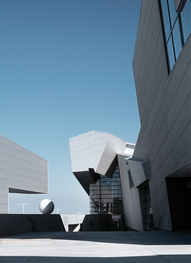 Pamona High School, California - Morphosis Architects